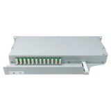 940132 - CCM Patchpanel 1HE SLITE Basic rechts